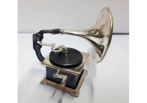 grammofono in argento
